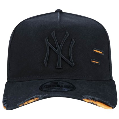 Boné New Era 9Forty Destroyed MLB New York Yankees Strapback Black