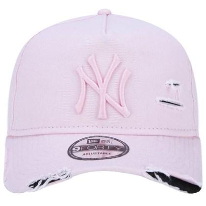Boné New Era 9Forty Destroyed MLB New York Yankees Strapback Rosa