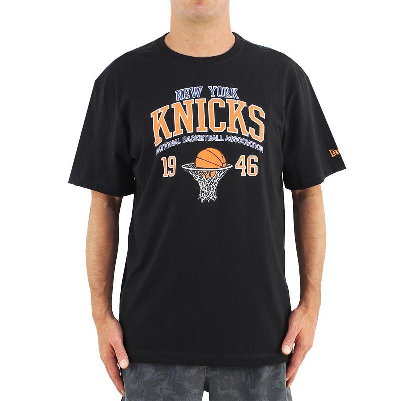 Camiseta Extra Grande New Era NBA New York Knicks College Placar Black