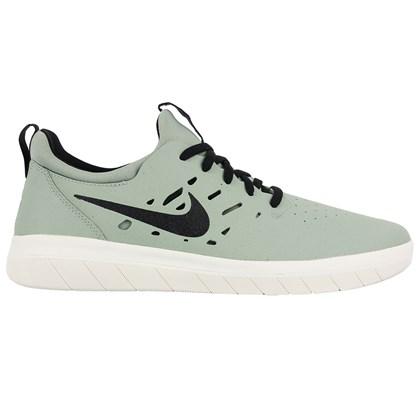 Tênis Nike SB Nyjah Free Jade Horizon Black
